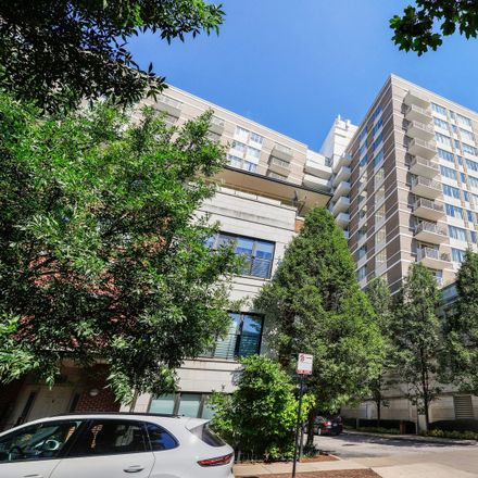 Rent this 2 bed townhouse on Prairie House in 1515 South Prairie Avenue, Chicago