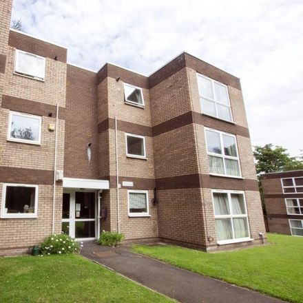 Rent this 3 bed apartment on Flats 22-27 Seymour Close in Birmingham B29 7JD, United Kingdom