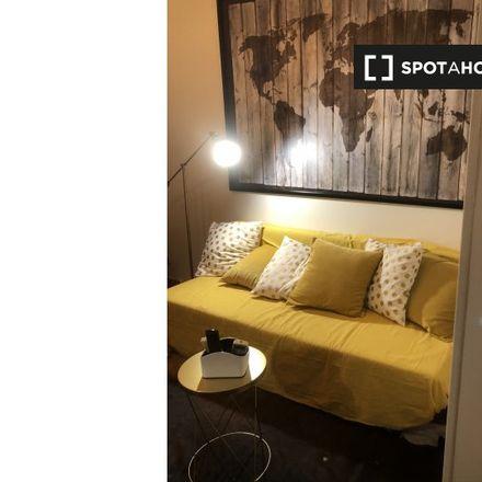 Rent this 1 bed apartment on Mizio's - cibo da strada in Via degli Zingari, 54A