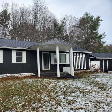 Rent this 3 bed house on 147 Shawn Drive in Town of Caroga, NY 12078
