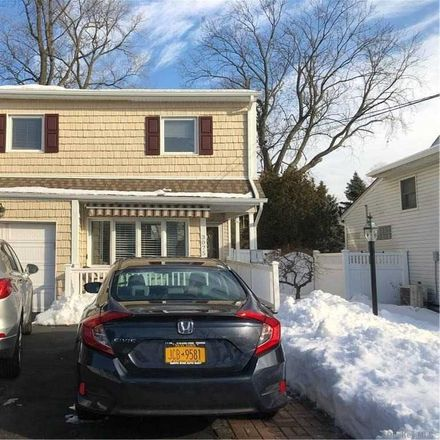 Rent this 4 bed house on 3075 Erwin Place in Hempstead, NY 11572