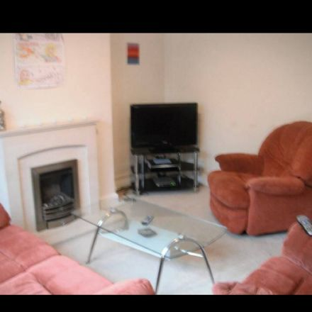 Rent this 1 bed room on Carig Crescent in Swansea SA1 6TQ, United Kingdom