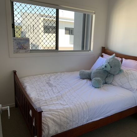 Rent this 1 bed house on Shearwater Circuit in Hope Island QLD 4212, Australia