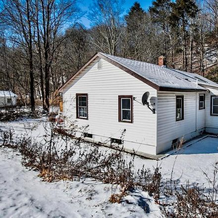 Rent this 3 bed house on 12 Lime Kiln Road in Town of Deerpark, NY 12771