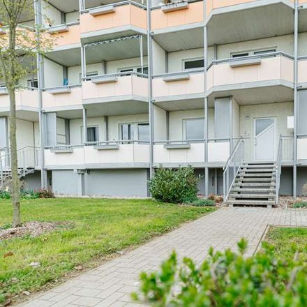 Rent this 3 bed apartment on Hans-Grade-Straße 18 in 39130 Magdeburg, Germany