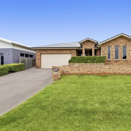 Rent this 5 bed house on 6 Clancy Place