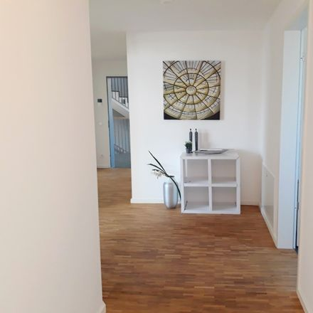 Rent this 4 bed apartment on Gerhard-Samuel-Straße in Südstadtgärten 14, 53129 Bonn
