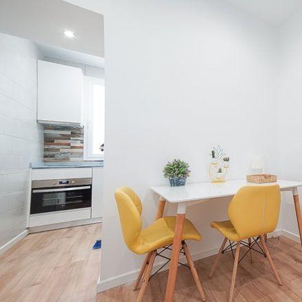 Rent this 2 bed apartment on Paseo de Santa María de la Cabeza in 42, 28045 Madrid