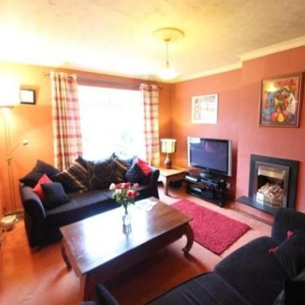 Rent this 3 bed house on Woodilee Cottages in Lenzie G66 3UA, United Kingdom