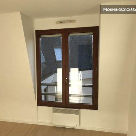 Rent this 1 bed apartment on 80 Rue des Champs-Philippe in 92250 La Garenne-Colombes, France