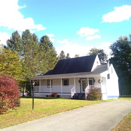 Rent this 3 bed house on 17 Farmington Avenue in Wilton, NY 12831