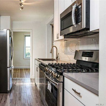 Rent this 2 bed condo on 211th St in Bayside, NY