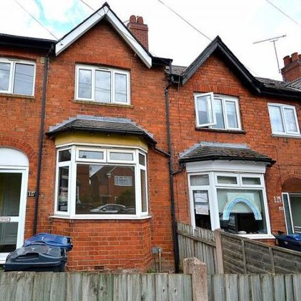 Rent this 3 bed house on Kings Road in Brandwood End B14, United Kingdom