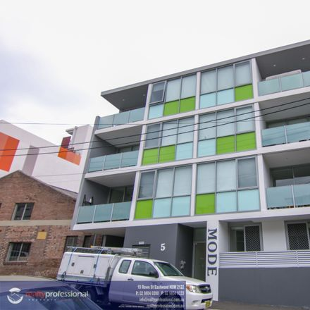Rent this 2 bed apartment on 201/5 Purkis Street