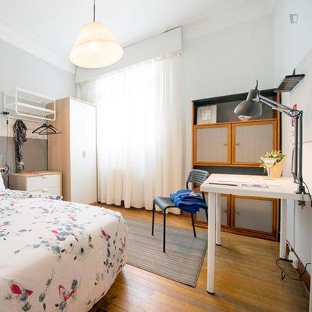 Rent this 3 bed room on Alameda Recalde / Recalde zumarkalea in 77, 48012 Bilbao