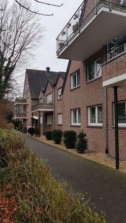 Rent this 5 bed apartment on Willicher Straße 33 in 47918 Tönisvorst, Germany