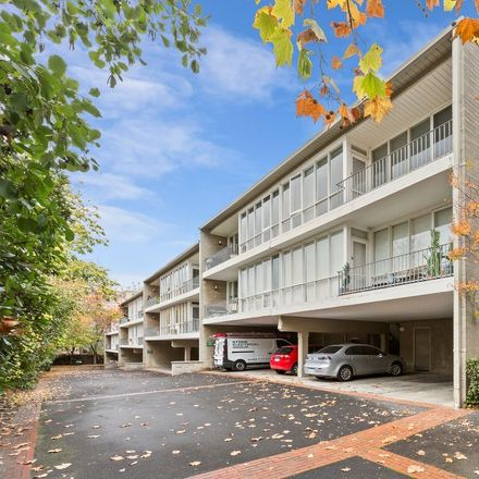 Rent this 2 bed apartment on 17/746 Orrong Road