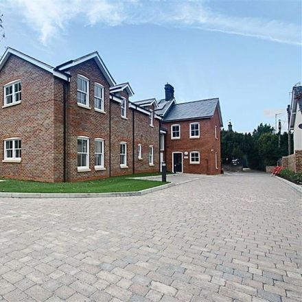 Rent this 2 bed apartment on Western Road in Dacorum HP23 4BQ, United Kingdom