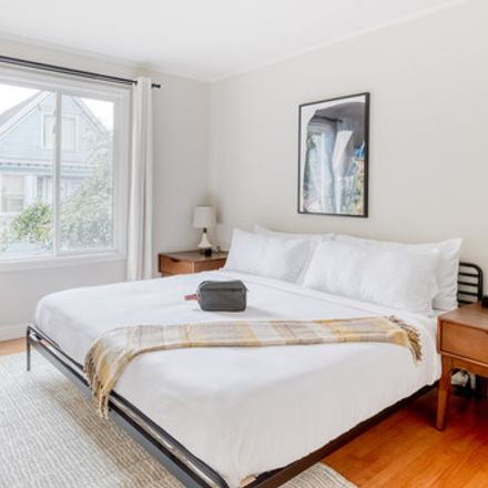 Rent this 3 bed house on 324 Winfield Street in San Francisco, CA 94110