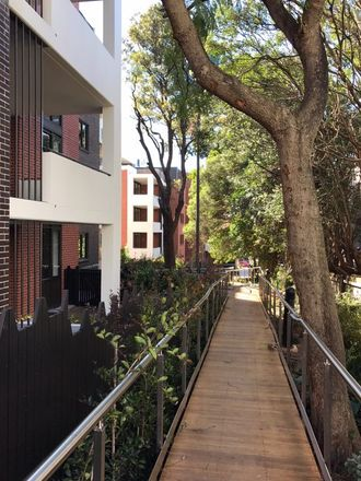Rent this 1 bed apartment on 9 Victoria St