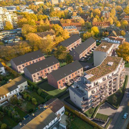 Rent this 6 bed duplex on Königsberger Straße 37 in 22850 Norderstedt, Germany