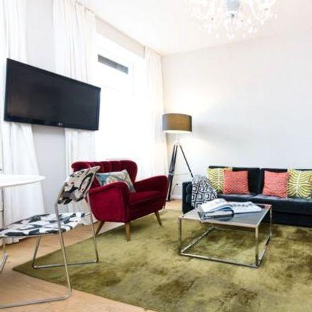 Rent this 3 bed apartment on Zwölfergasse 19 in 1150 Vienna, Austria