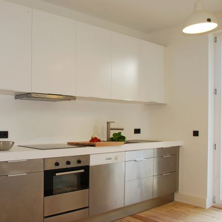 Rent this 3 bed apartment on Darmstadt in Kennedyplatz, 64283 Darmstadt