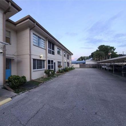 Rent this 2 bed condo on 458 73rd Avenue North in Saint Petersburg, FL 33702