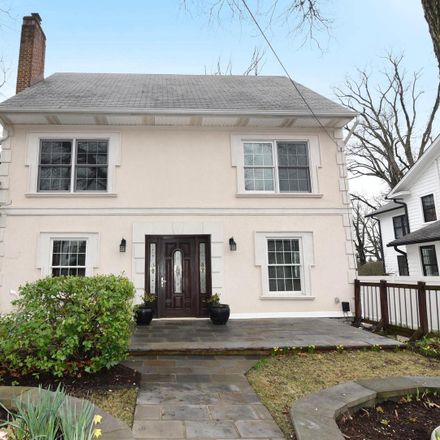 Rent this 4 bed house on 4624 13th Street North in Arlington, VA 22207
