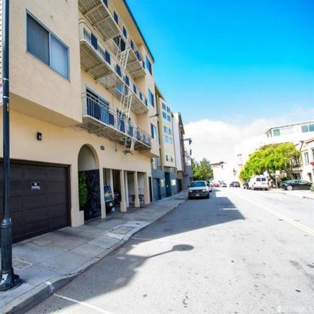 Rent this 2 bed house on 860 Corbett Avenue in San Francisco, CA 94114-1818