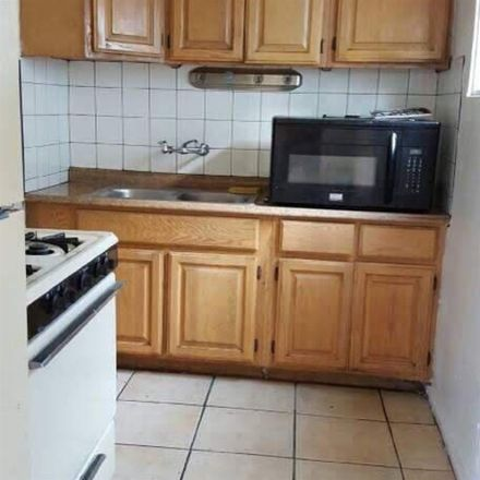 Rent this 1 bed room on 2317 Grand Avenue in San Diego, CA 92109