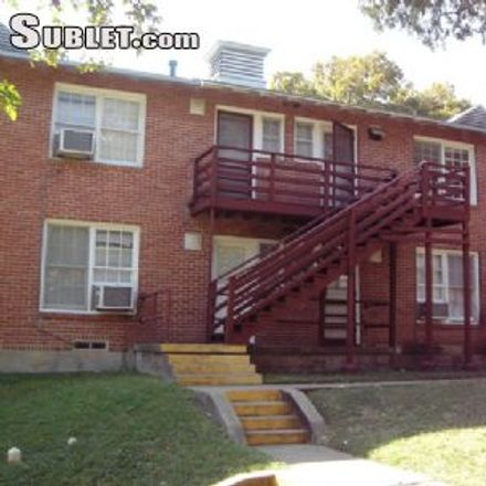 Rent this 1 bed apartment on 926 West 7th Street in Dallas, TX 75208