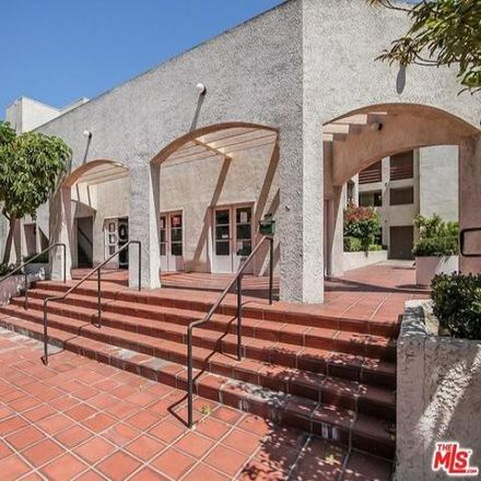 Rent this 1 bed condo on 1199 Albany Street in Los Angeles, CA 90015