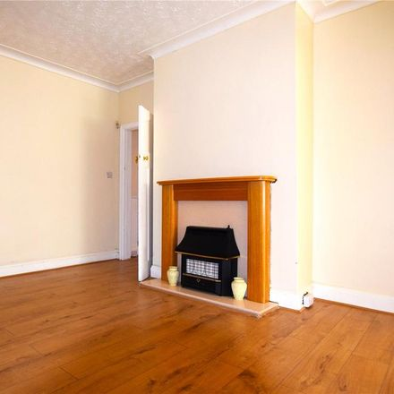 Rent this 4 bed house on 31 Cross Flatts Avenue in Leeds LS11 7NF, United Kingdom