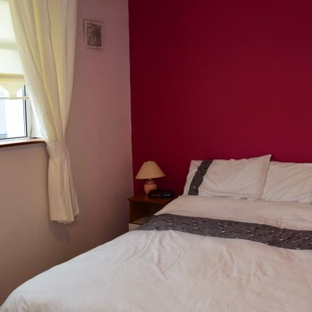 Rent this 3 bed apartment on Castle Park in Tallaght-Tymon ED, Dublin 24