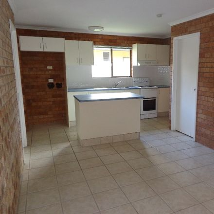 Rent this 1 bed apartment on 3/27 Court Road