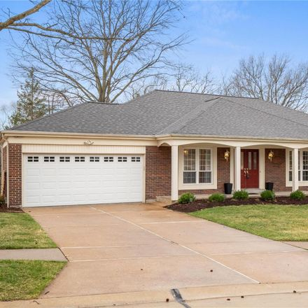Rent this 3 bed house on 2269 Fairoyal Drive in Des Peres, MO 63131