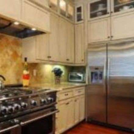 Rent this 4 bed apartment on 4473 North New Braunfels Avenue in Alamo Heights, TX 78209