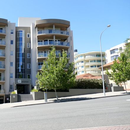 Rent this 3 bed apartment on 13/69 Malcolm Street