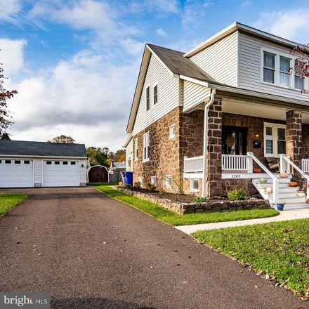 Rent this 3 bed house on North Charlotte Street in Pottstown, PA 19464