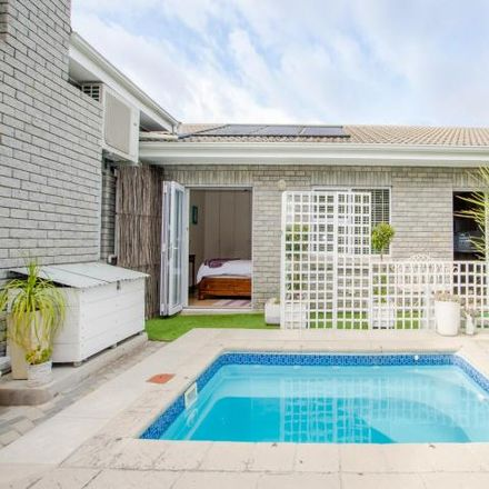 Rent this 4 bed house on Poplar Street in La Rochelle, Bellville