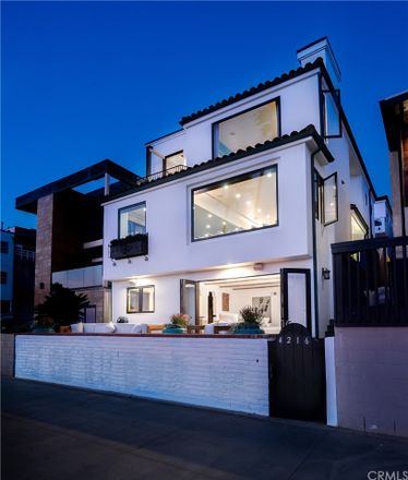 Rent this 3 bed duplex on 4216 The Strand in Manhattan Beach, CA 90266