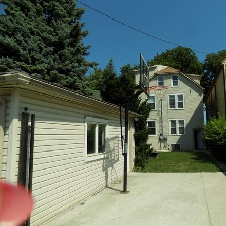Rent this 5 bed townhouse on W Dakin St in Chicago, IL