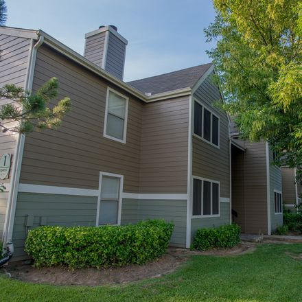 Rent this 3 bed apartment on 8514 East 78th Place in Tulsa, OK 74133