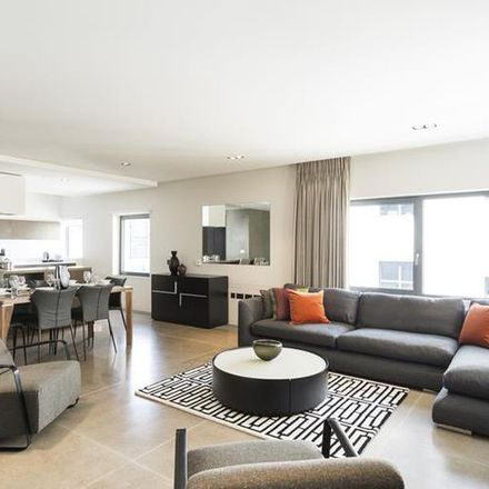 Rent this 3 bed apartment on Mountain Warehouse in Regent Street St James's, London