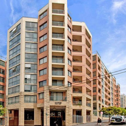 Rent this 2 bed apartment on 1-29 Bunn Street