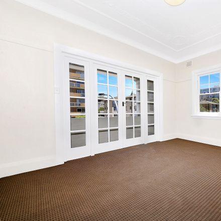 Rent this 2 bed apartment on 10/160 Bondi Road