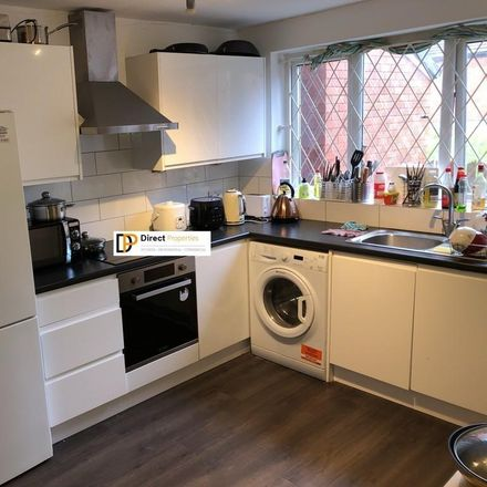 Rent this 4 bed house on Hyde Park Methodist Mission in Woodsley Green, Leeds LS6 1SD