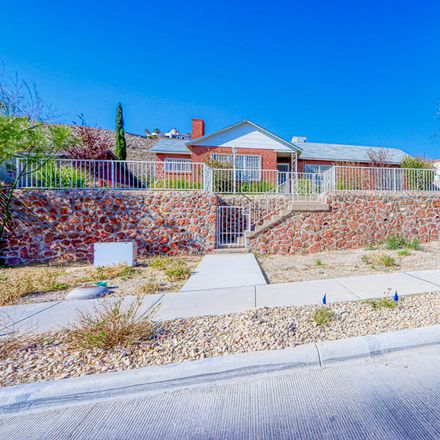 Rent this 3 bed apartment on 1801 East Robinson Avenue in El Paso, TX 79902