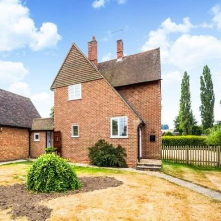 Rent this 3 bed house on 12 in Hurley SL6 5LU, United Kingdom